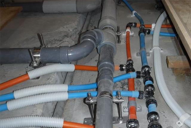 排水配管工事イメージ